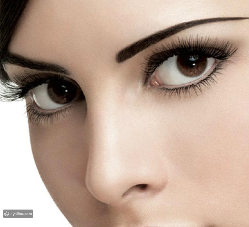 6 إطلالات مكياج عيون سوداء: جرئية، ناعمة وللعيون المبطنة